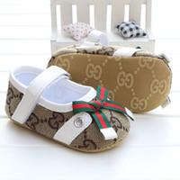 bebek prewalker tuval ayakkabıları toptan satış-İlkbahar ve Sonbahar Bebek Ayakkabı Yenidoğan Erkek Kız Tuval Klasik Spor Sneakers İlk Walker Ayakkabı Bebek Prewalker Ayakkabı 0-1 T