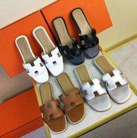 лучшие тапочки на каблуке оптовых-2018 Лето новый женщины тапочки овчины натуральная кожа слайды плоские каблуки мокасины Buckel обувь лучшее качество 18 цветов