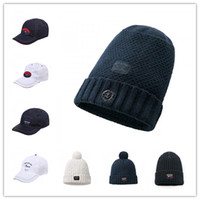 2018 New Luxury Shark Brand design Wool caps Men s T-Shirts Summer Autumn  Winter Clothing Fashion Italy P S casual style hats shirts 2023afe8f267