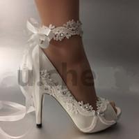 dantel düğün ayakkabısı boyutu toptan satış-Kadın Düğün ayakkabı Fildişi Kurdele gelin gelinlik Han baskı elmas dantel manuel düğün Kama Peep Toe ayakkabı kadın BOYUTU AB 35-42
