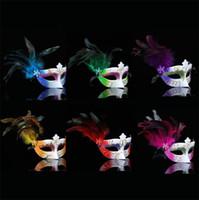 neue plastikfarbe großhandel-Die neue heiße verkauf kreative maske party ball dame feder kunststoff maske sprühfarbe maske t4h0251