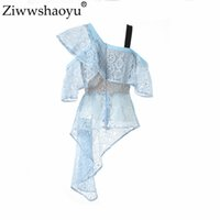 ingrosso collare ad alto inclinazione-Ziwwshaoyu Designer estivo Top collo obliquo di alta qualità delle donne Pure Sky Blue ricamo Hollow Out Ruffle Irregular Blouse