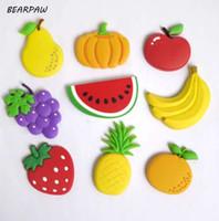 manyetik meyve toptan satış-1 Adet / takım Karikatür Çocuklar Kawaii Meyve Muz Çilek Karpuz Elma Üzüm Armut Buzdolabı Mıknatısları Hatıra Manyetik Sticker