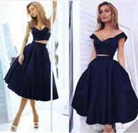 lacivert iki parçalı elbise toptan satış-Yeni Lacivert İki Adet Saten Mezuniyet Elbiseleri Kapalı Omuz Zarif Kısa Gelinlik Modelleri Diz Boyu Bir Çizgi Resmi Kokteyl Parti Kulübü Giymek