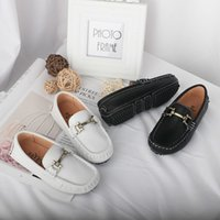 Wholesale casual shoes for toddlers - 2018 Spring Autumn Kids Shoes Boys Genuine Leather Shoes White Black Boys Shoes For Wedding Toddler Boys Loafers Casual Sneakers