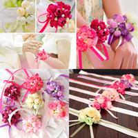 gelin damat süslemeleri toptan satış-Yapay Çiçekler Düğün Dekorasyon Yaka Çiceği Damat Sağdıç Pin Broş Korsaj Takım Gelin Nedime Bilek Çiçek Saten Gül WX9-397