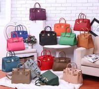 büyük orijinal deri kadın çantaları toptan satış-Rahat moda kadın çanta Çanta bayan çanta Küçük Mini Antirust metal Cep telefonu çantası Çapraz Vücut Omuz Çantaları Hakiki Deri Büyük A1041 #