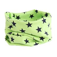 ingrosso sciarpa blu dei ragazzi-stella moda verde blu colore bambino cotone buona qualità burp sciarpa ragazzi ragazze bavero accessori collo infantile indossare sciarpe