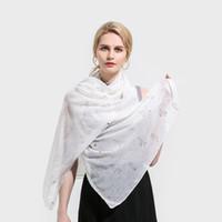lenço cinza venda por atacado-Winfox Senhoras Das Mulheres Branco Cinza Rosa Cor Cactus Rose Folha De Ouro Impressão Moda Lenço Envoltório Lenços Xaile