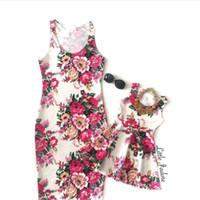 trajes boêmios venda por atacado-Mama Bebês Mãe Filha Vestidos Florais Boêmia Estilo Mãe e Filha Vestem Mamãe e Me Família Combinando Roupas Outfits
