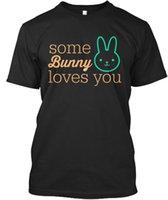 costume de lapin de pâques achat en gros de-Jour de Pâques Certains lapin vous aime Standard Unisexe T-Shirt T Shirt Hommes Impression Blanc Manches Courtes Personnalisé 3XL Famille Tee Shirts