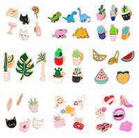 kuş sırt çantaları toptan satış-2018 106 stilleri emaye renkli Yaka iğneler Rozeti Sırt Çantası Gömlek Yaka Dekor Kuş Çiçek Ağacı Meyve Arı Dondurma Gitar Kalem 91