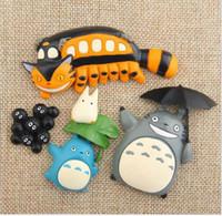 mavi istasyon toptan satış-Gili Kedi Briket Chirp İstasyonu Üzerinde Yeşil Yaprak Mavi Totoro Şemsiye Totoro Otobüs Buzdolabı Mıknatısı Ev Dekor Hediye DIY Aksesuarları