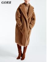 abrigo de piel marrón de las mujeres al por mayor-2017 El Más Nuevo Invierno Rojo Marrón Mujer Año Nuevo Runway Algodón Ropa Piel Falsa Espesar Lana Caliente Abrigo de Peluche Largo XL Mujer