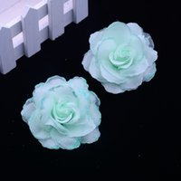 korsaj gerçek çiçek toptan satış-Çiçek Ekran 50 adet / grup 6.5 cm İpek Gül Korsaj Düğün Dekorasyon DIY Yapay Garland Dekore Yapay Çiçekler Gerçek Dokunmatik Güller