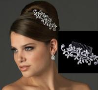 accessoires de cheveux de mariée achat en gros de-En stock peigne de mariée bijoux de mariage fleur strass diadèmes accessoires pour cheveux étincelant mariée peignes cheveux headpieces