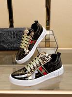 mocasines de vestir de cuero para hombres al por mayor-Los nuevos hombres de cuero genuino calzan los zapatos casuales mocasines resbalones en el diseñador de la marca italiana zapatos de vestir masculinos flattie calzado casual 38-44