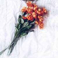 flores de amapola roja artificial al por mayor-10 unids Artificial tela de la flor de Seda de la amapola Ramo del pelo de la guirnalda Inicio Regalo de la boda Decoración Naranja rojo oscuro