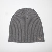 ingrosso cappelli di lana di buona qualità-2018 Nuove marche di lusso di buona qualità V Autunno Inverno Unisex cappello di lana moda casual cappelli lettera per uomo donna progettista berretto
