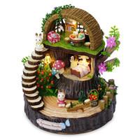 holzspielzeug modell häuser groihandel-Holz Miniatur Puppenhaus Modellbau Kits Spielzeug DIY Puppenhaus Fantasie Wald Drehen Die Musik Bewegung Für Geschenk