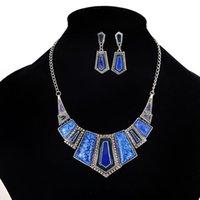 imitação gemstone jóias venda por atacado-Imitação de Gemstone Pingente de Colar Brinco Conjuntos - 4 Cores Exagero Geometria Forma Bijuterias Set Para As Mulheres (Resina + Liga)