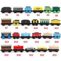 hölzerner magnetischer zugsatz großhandel-53 Stil Holzspielzeug Fahrzeuge Holz Züge Modell Spielzeug Magnet Zug Geschenke für Jungen Mädchen Große Kinder Weihnachten Spielzeug
