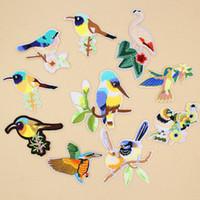 летать джинсы птиц оптовых-3D летающие птицы на дереве цветок вышивка патчи шить железо на ткани аппликация патч значок DIY одежда Джинсы куртка сумка