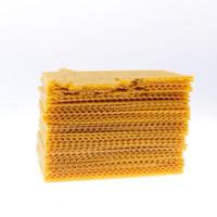 ingrosso piccoli attrezzi da giardino-New Creative Yellow Honeycomb Small Nest Plinth Cera d'api Bee Frame Strumenti di apicoltura Forniture da giardino Semplice Durevole Alta qualità 20sl aa
