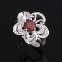 проектирует большие цветочные кольца оптовых-Classic Style 925 Sterling Silver Wedding Party Fashion Design Romantic Ring big flower crystal ring women YAR079
