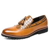 i̇talyan parti elbiseleri toptan satış-Erkek elbise ayakkabı İtalyan pu deri brogue ayakkabı erkekler erkekler için derby erkek parti oxford nefes püsküllü RAPQUE