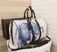 erkek marka seyahat çantası toptan satış-Yeni Moda Erkek Kadın Seyahat Çantası Duffle Çanta Marka Tasarımcı Bagaj Çanta Büyük Kapasiteli Spor Çantası 45 * 27 * 20 cm 41449
