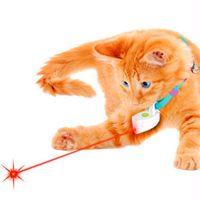trem leve venda por atacado-Fat Cat Plastic Toy Cat Pointer Laser Cat Moda Mini Collar Laser Luz Toy Dog Pet ABS Laser Toy treinamento Para Cães Sem Coleira
