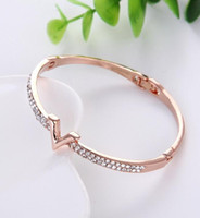 Wholesale fine jewelry charms for sale - Group buy Brand Letter V Bangle Bracelet Luxury Zircon Charms Bangles for Women Party Fine Jewelry Fashion Accessories nt