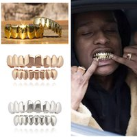 ingrosso bling hip hop caps-Cosplay Hip Hop Denti Gold Grillz Caps Top Bottom Grills Set Bling Shinny NO Fangs Spoof dente nuovo 2018 per Holloween xmas party HOT