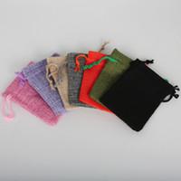 petits sacs à cordon de mariage achat en gros de-Nouveau 7x9cm 50pcs / Lot Choisissez 7 Couleurs Lin Coton Bijoux Emballage Cadeau De Mariage Cordon Sacs Pochettes Petit Cadeau Sacs Cadeau De Noël