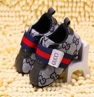 ingrosso boys shoes canvas-Primavera e autunno Scarpe da bambino in pelle PU Plaid in pelle Neonati Tela prima scarpe Walker Infantile Prewalker Sneakers Scarpe