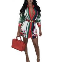 ingrosso white blouse-Womens Tops and Blouses 2017 Tunica Camicetta a maniche lunghe donna Sexy Bianco Plus Size Camicetta donna stampa camicie per le donne