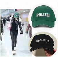 ingrosso cappello di raffreddamento nero-Vetement Lettera Ricamo Caps Securite Polizei Tappi a sfera verde nero Marchio di moda Adolescente Cool Steet Berretti da baseball Estate Cappelli da sole
