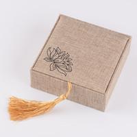 льняные подвески оптовых-Высококачественная льняная кисточка ошпаривая браслет кулон коробка ручной струны нефрита упаковка шкатулка
