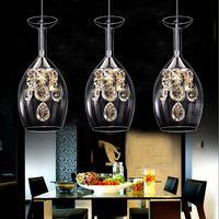 ingrosso sospesi bar a cristallo lampadario-Moderno cristallo bicchieri da vino Bar Lampadario a soffitto Lampada a sospensione a LED Illuminazione a LED Lampada a sospensione LED Sala da pranzo Soggiorno Apparecchio di illuminazione