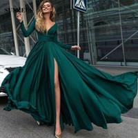 elegantes reizvolles langes kleid jersey großhandel-2018 New Green Sexy V-Ausschnitt A-Linie Brautkleider Long Sleeves Jersey Abendkleider Elegante Party Kleider Seitenschlitz Plus Size Custom Made Kleider