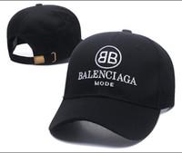 logos pour dames achat en gros de-Casquette bonnet Wave de la marque 2018 cola logo 17FW Homme Femmes Unisexe Rouge Casquettes de baseball à dos casquette à casquettes chapeau noir