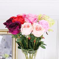 красные садовые цветы оптовых-Искусственный шелк роза цветок поддельные лист главная партия сад Свадебный декор цвет красный / розовый / зеленый / фиолетовый / шампанское