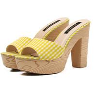 sandálias de plataforma amarela venda por atacado-Senhoras Sandálias Casuais 11 cm de Salto Alto Flip Flops Sandálias de Plataforma Das Mulheres Vermelhas Verão Amarelo Sandálias de Salto Alto Chinelos Femme