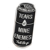 insignias de botones al por mayor-Latas de bebida negras Lágrimas mías Enemigos Pasadores Esmalte Pasadores de solapa Botón Insignia Punky Broches Bolsa Camisa Accesorios Joyería