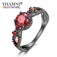 ingrosso anelli di fidanzamento nero nero-YHAMNI New Fashion Flower Shiny Red Gem Ring Red Granato Donne Charming Engagement Jewelry Black Gold Filled Promise Anelli RED2008-R