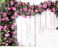 ingrosso vigneti rosa-Rattan 210 cm finto grande rose di seta edera vite fiori artificiali con foglie casa festa di nozze appeso decorazione ghirlanda arredamento rosa vite