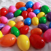 ingrosso puzzle di plastica per i bambini-Uova di plastica di colore di Pasqua eco-friendly uova di fibbia 6 * 4 cm puzzle uova bambino bambini giocattoli regalo giorno di pasqua decorazione fai da te WX9-337