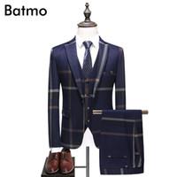 lacivert elbise takım elbise toptan satış-Batmo 2018 yeni geliş yüksek kalite ekose Tek Göğüslü lacivert casual suit erkekler, erkek gelinlik, artı-boyutu S-5XL 6130
