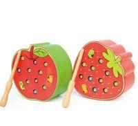 insectos juguetes de madera al por mayor-Catch Worm Insects Game Juguetes de madera magnéticos para niños Niños Aprendizaje temprano Habilidades motoras finas educativas - Apple de fresa